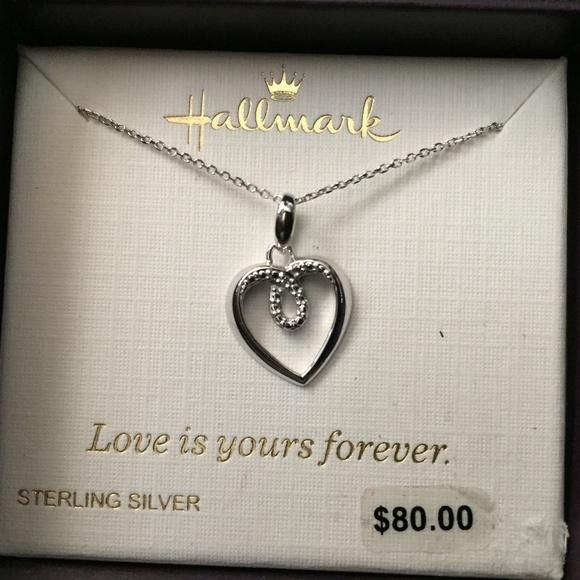 e20e25169a6 Hallmark Sterling Silver Heart shaped necklace